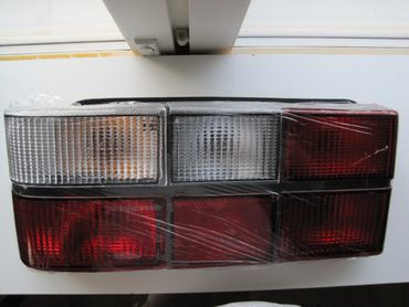 Volvo 200 taillight left with Indicator, vasen takavalo vilkulla